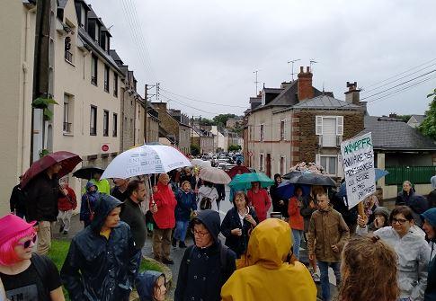 J'étais à Lamballe, avec 200 manifestants anti-passe sanitaire