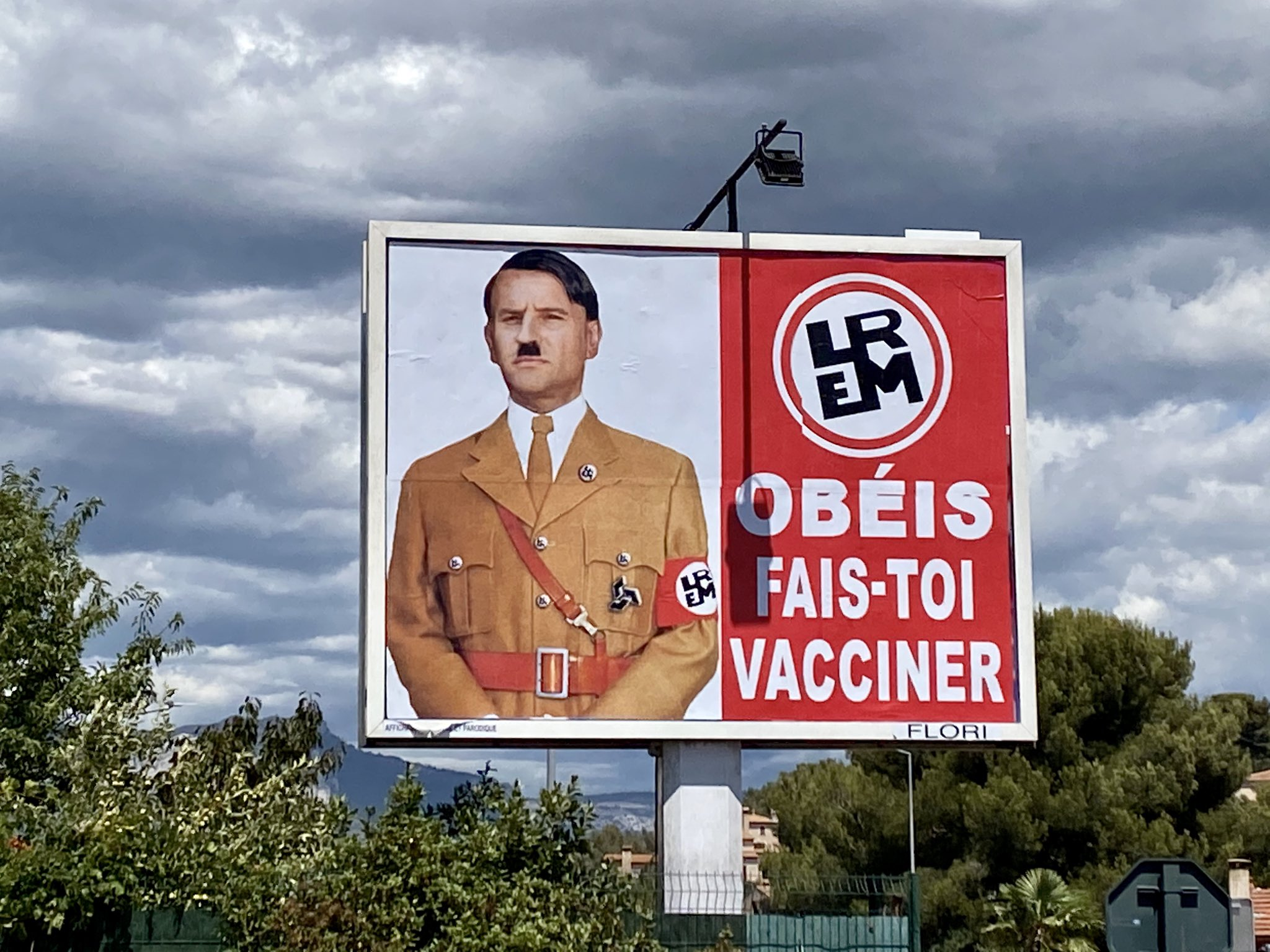 Coup de gueule contre tous les obersturmführers de cette dictature sanitaire