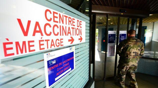 Les covidistes pensent nous contraindre au vaccin, qu'ils sont naïfs !