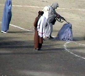 execution-dune-femme-afghanne.jpg