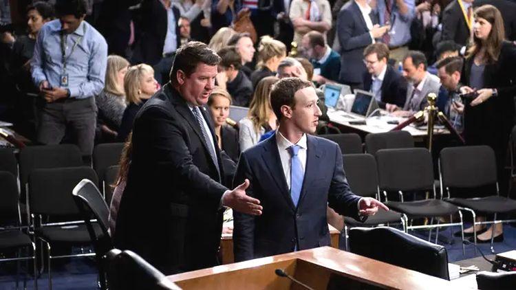 De quel droit l'Américain Zuckerberg impose-t-il ses idées à la France?