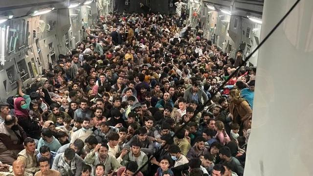 Déjà 5 Afghans accueillis en France sous surveillance !