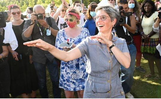 Primaire des Verts : Sandrine au 2e tour, champagne !