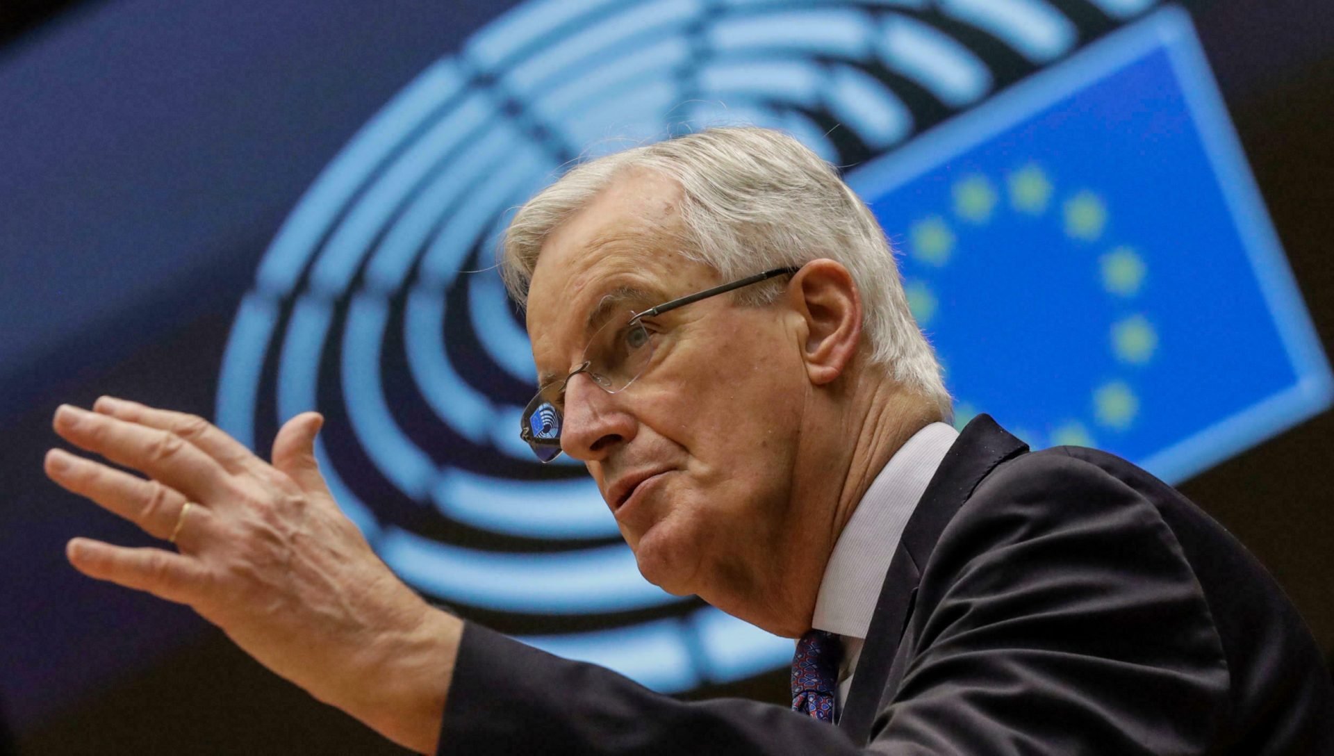 Primaire LR : c'est Barnier qui va baiser Bertrand et Pécresse…